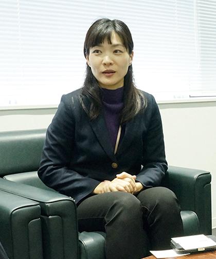 北陸中日新聞 上原氏写真