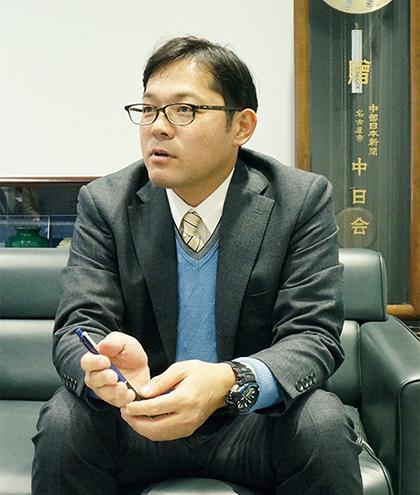 北陸中日新聞 梶山氏写真